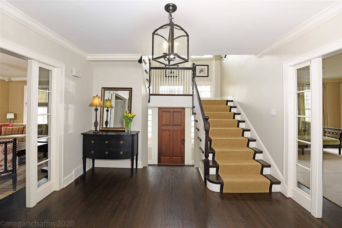 Luxury homes beautifully renovated classic East Wilmette colonial