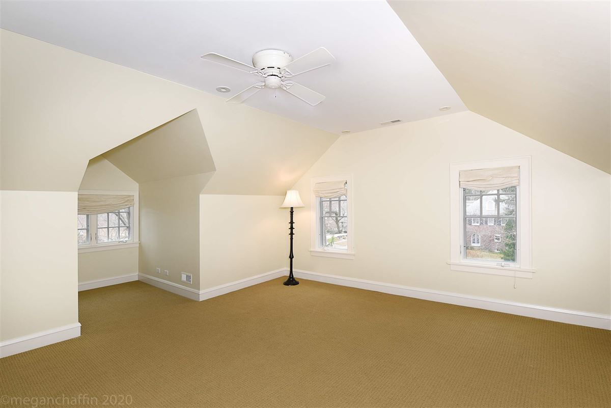 beautifully renovated classic East Wilmette colonial mansions
