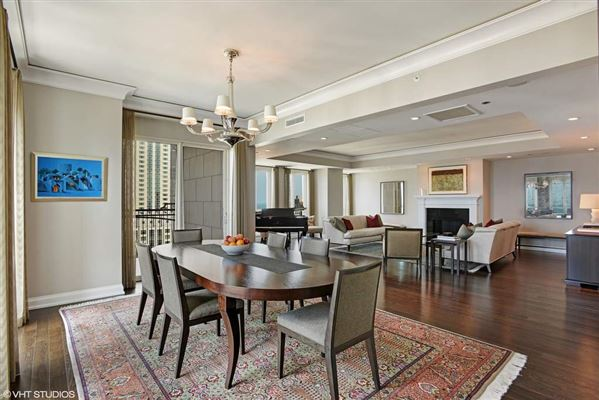 rare three bedroom luxury rental at the Waldorf luxury real estate