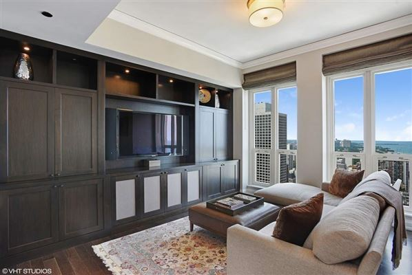 Luxury homes in rare three bedroom luxury rental at the Waldorf