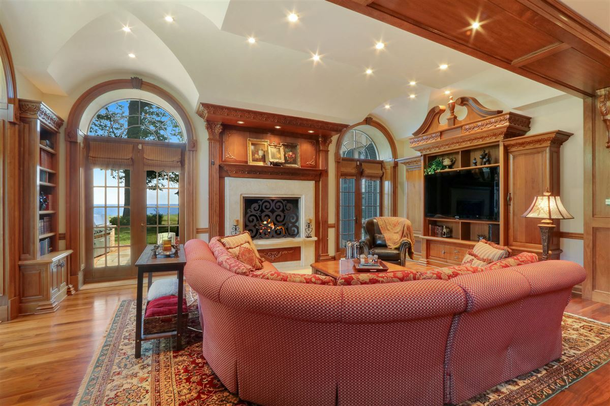 Mansions in magnificent estate is set on five acres