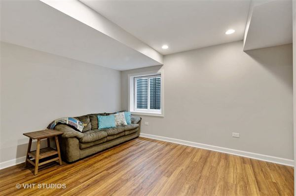 beautiful and spacious home in great location mansions