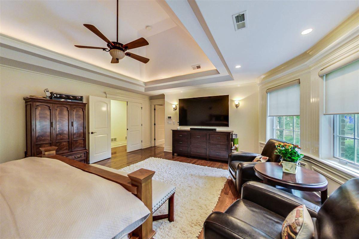 Luxury homes 35 Berkshire