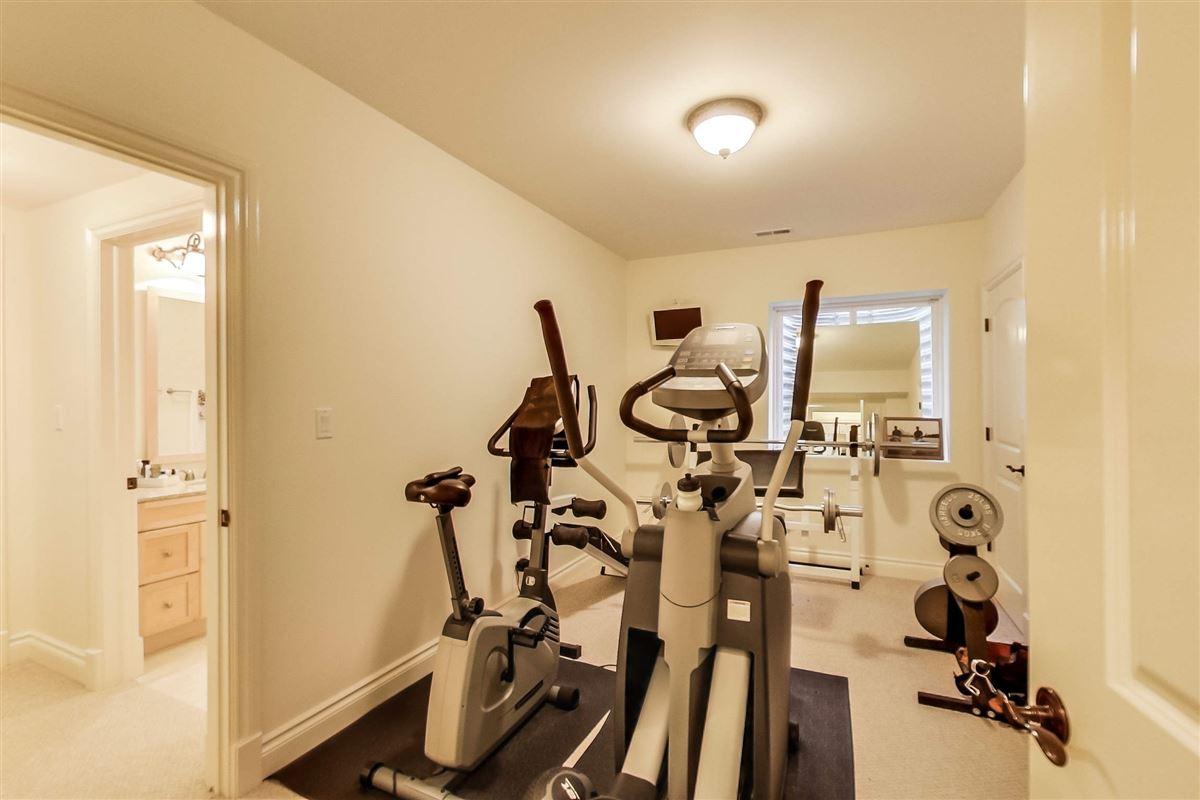 Luxury properties 35 Berkshire