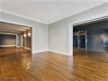 a prestigious East Lake Shore Drive address mansions