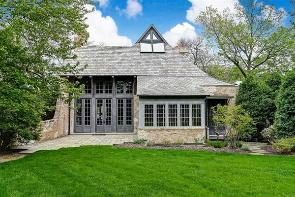 Luxury properties  one-of-a-kind residence in HINSDALE