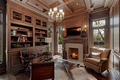 Luxury homes Magnificent Colonial style home
