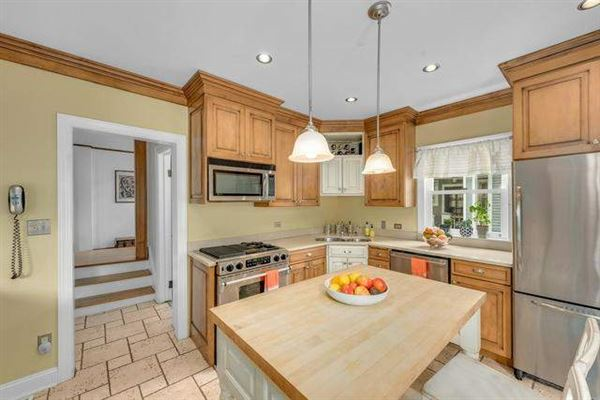 Luxury properties Impeccably maintained home