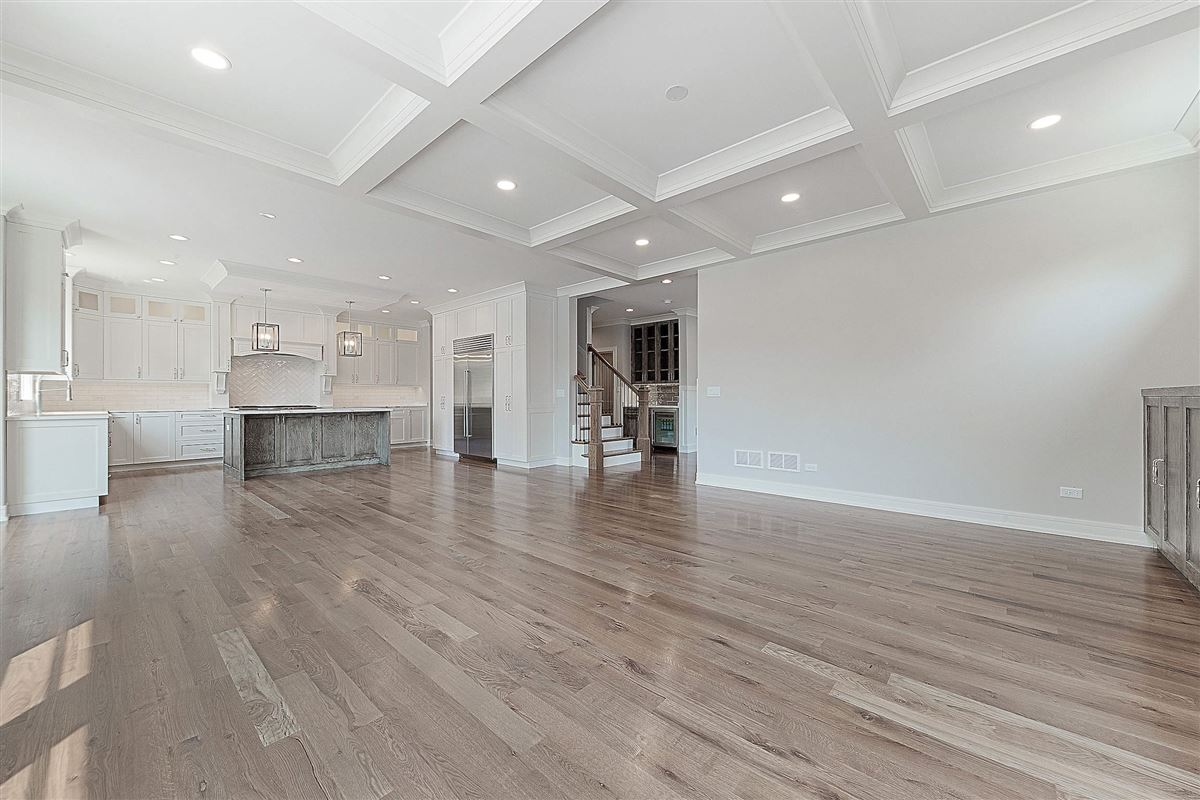 Luxury properties home in ideal Elmhurst location