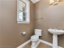 Gorgeous Anets Woods home with amazing upgraded features mansions