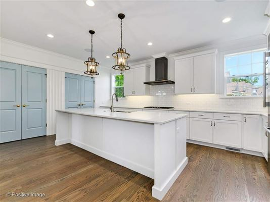Luxury real estate Gorgeous Anets Woods home with amazing upgraded features