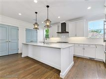 Gorgeous Anets Woods home with amazing upgraded features luxury properties