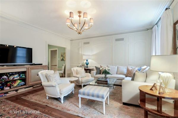Luxury properties Highly desirable East tier residence