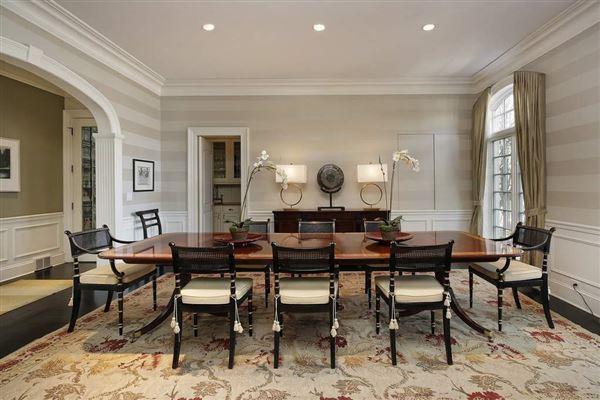 Luxury properties ultra chic East Kenilworth home