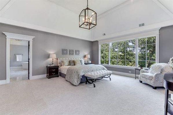 Luxury properties gorgeous WATERFRONT estate