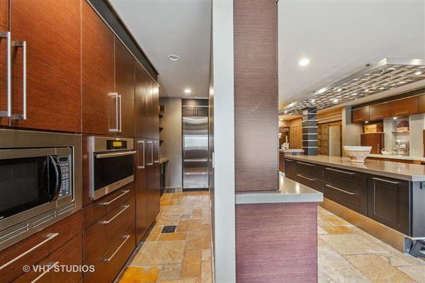 Luxury real estate a elegant estate