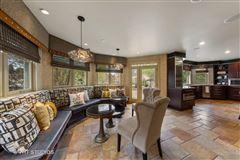 Mansions in a elegant estate