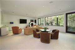 Luxury homes Magnificent custom built contemporary home