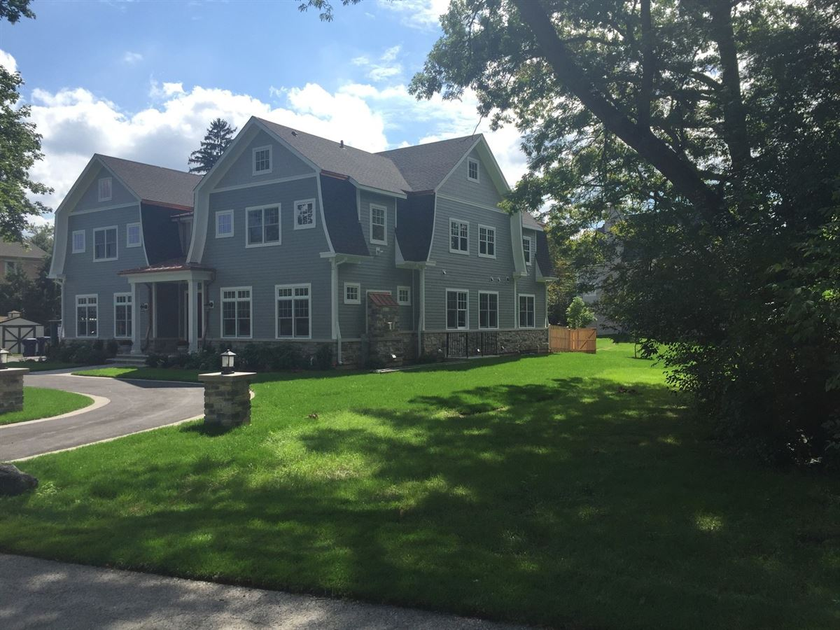 Luxury new construction in The Village of Golf luxury properties