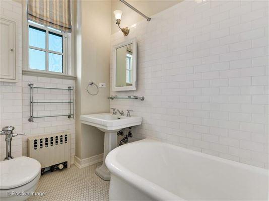Luxury properties unbelievable penthouse in premier luxury Lake Shore building