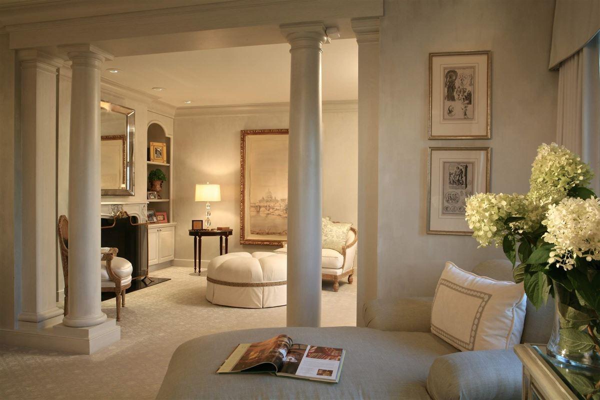 magnificent lakefront estate luxury properties