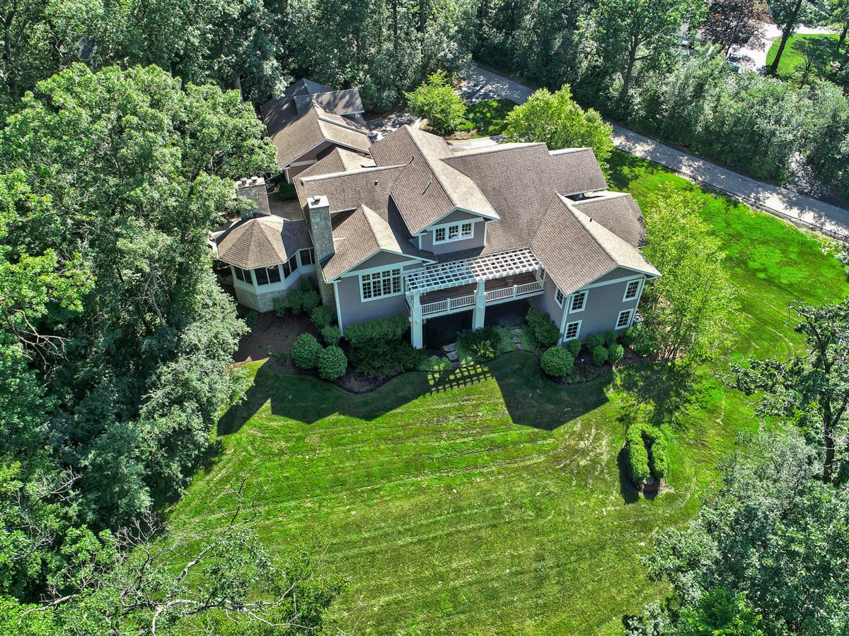 Stunning newer Century Bay built custom home luxury properties