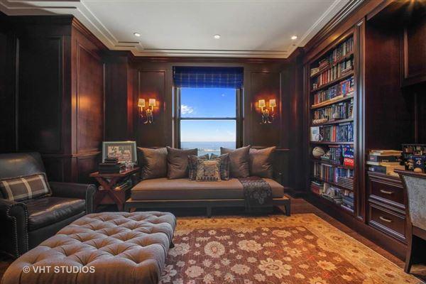Lives like a Single Family luxury real estate