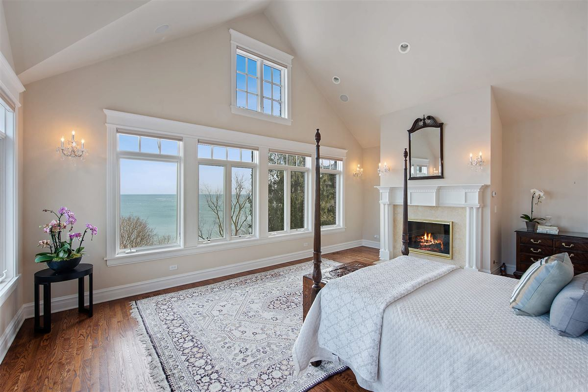 Beautiful home with lots of views mansions
