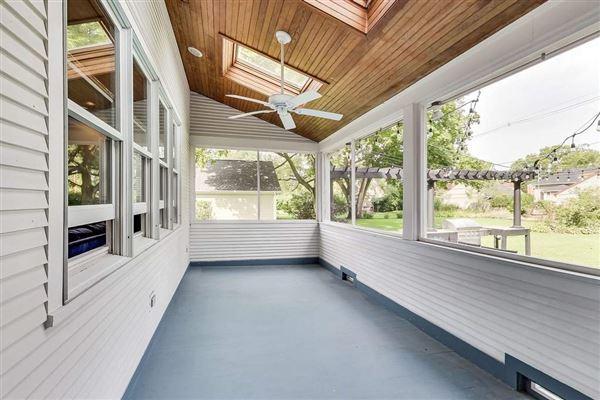 Luxury properties incredible historic home in Riverside
