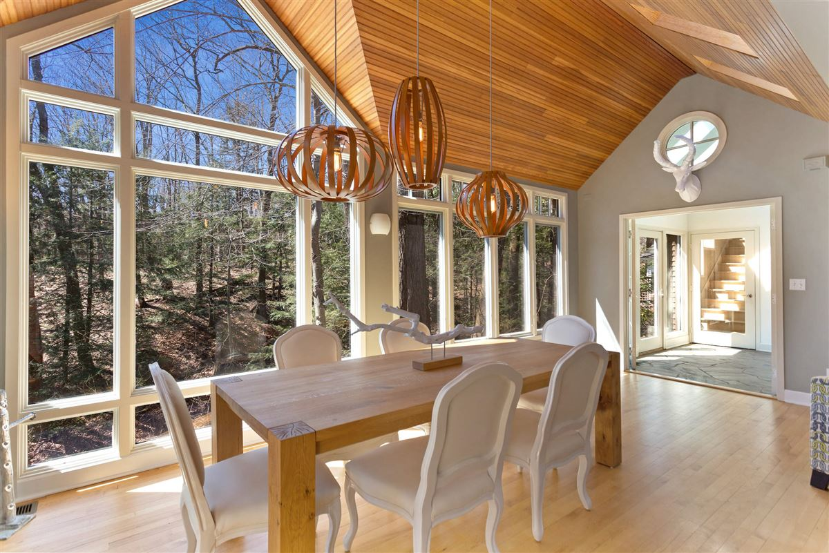 Mansions Spectacular cottage offers TOTAL privacy