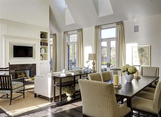 Contemporary new construction luxury homes