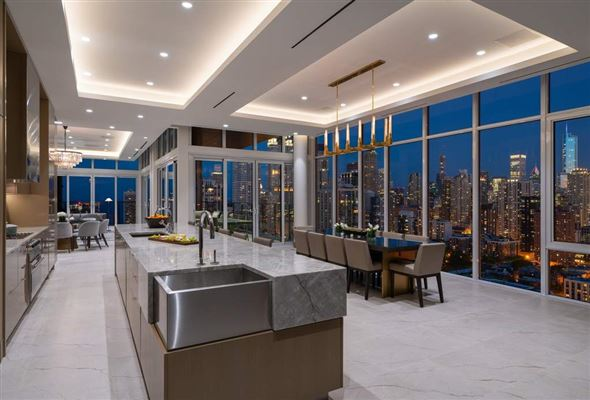 Mansions in The Penthouse Presented by LEVEL