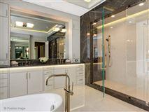 gold coast mansion on prestigious Astor Street luxury homes