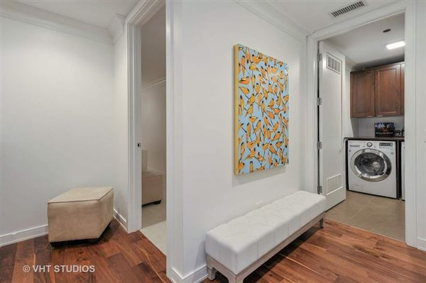 Luxury homes in sophisticated two bedroom at Webster Square