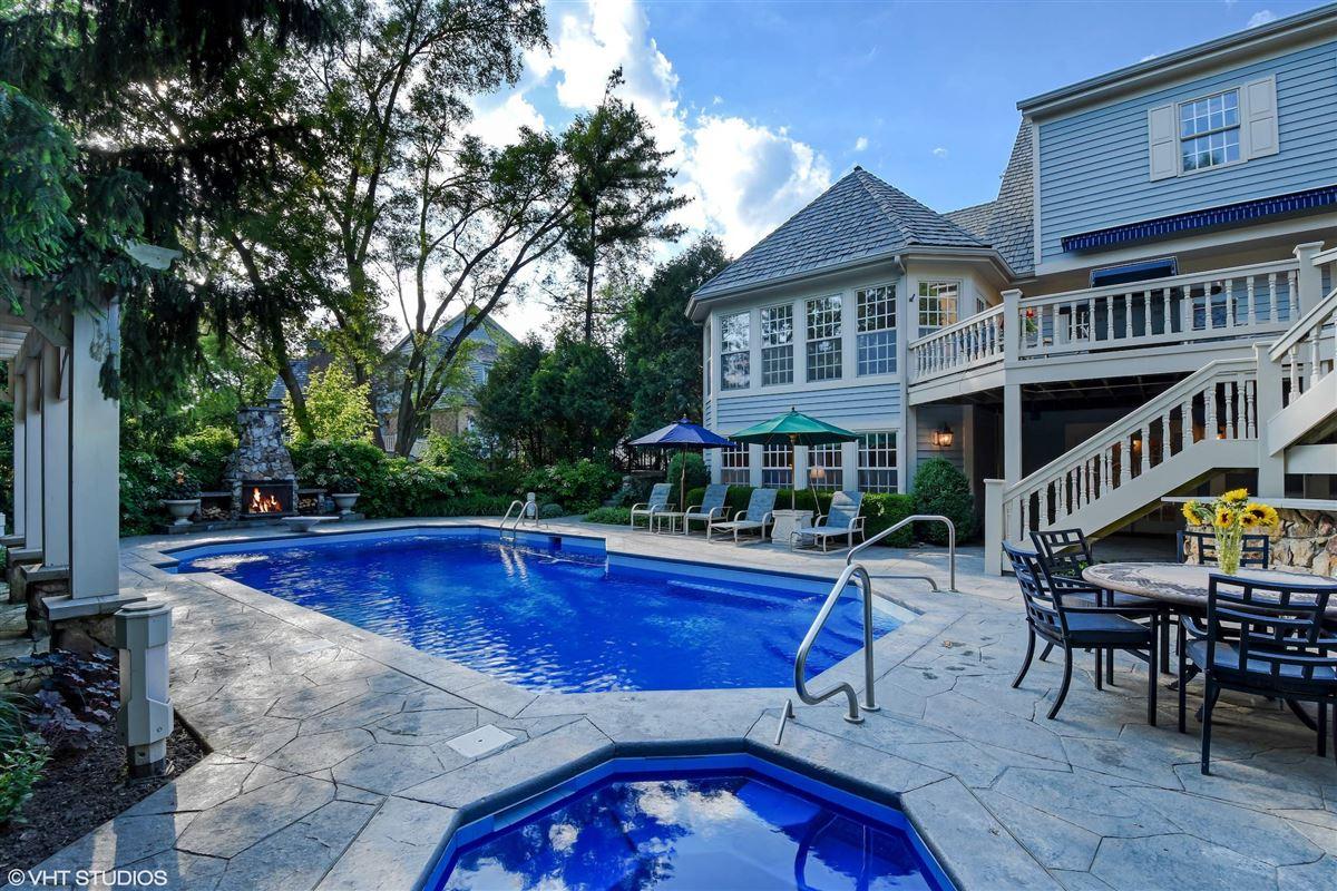 Luxury homes Stone and cedar Cape Cod home