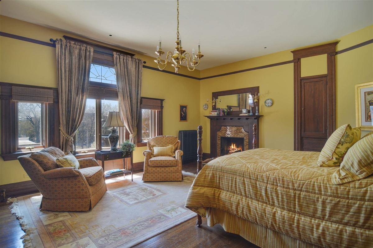 The Goodman Mansion luxury properties