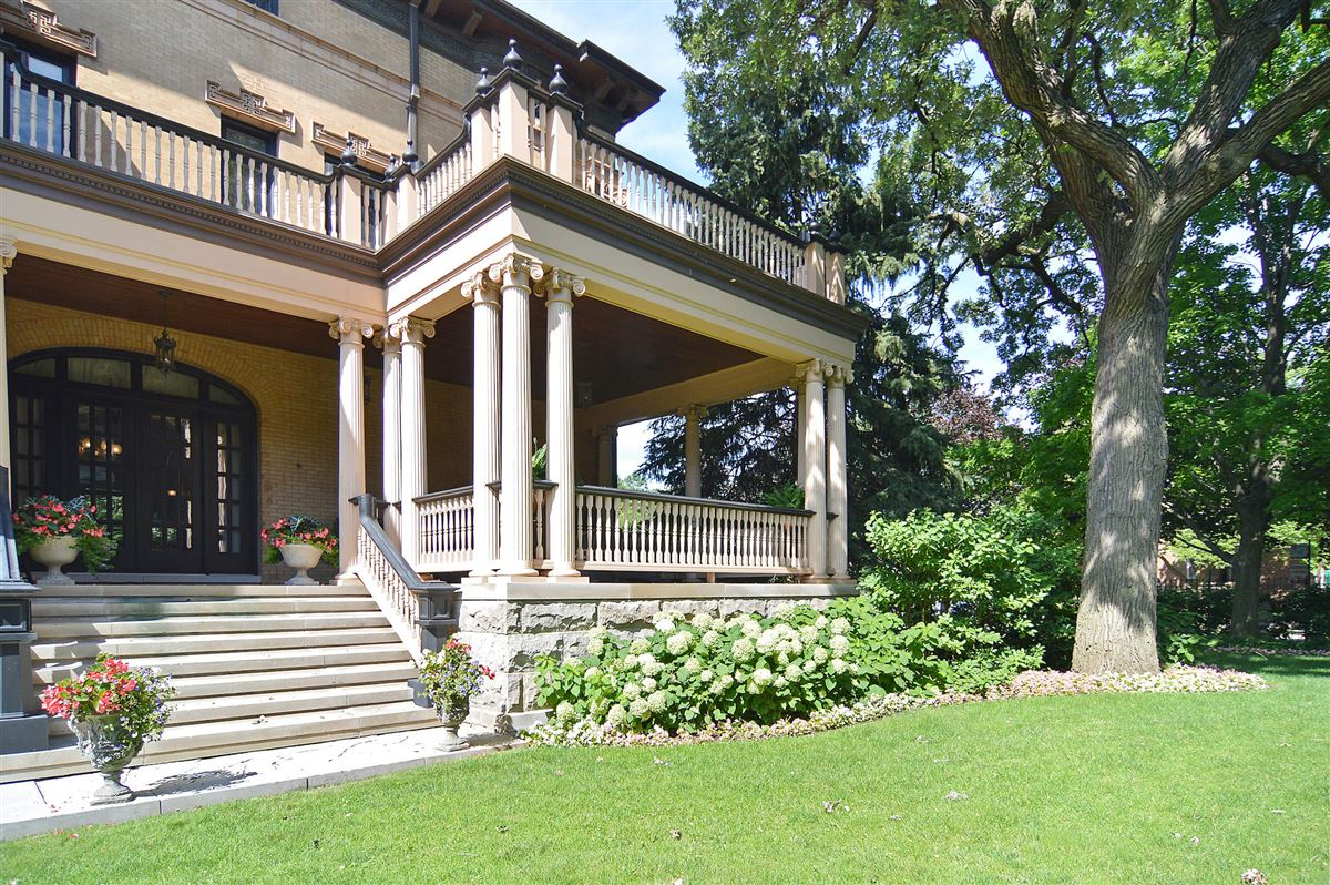 Luxury properties The Goodman Mansion