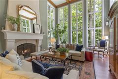 Mansions in Uncompromised quality and architectural design
