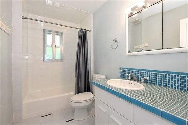 four bedroom rental home on a beautiful deep lot luxury properties