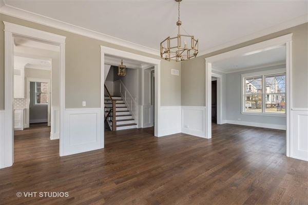 Luxury properties Superb new construction home with exquisite finishes throughout
