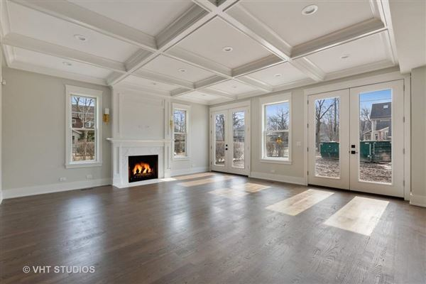 Mansions Superb new construction home with exquisite finishes throughout