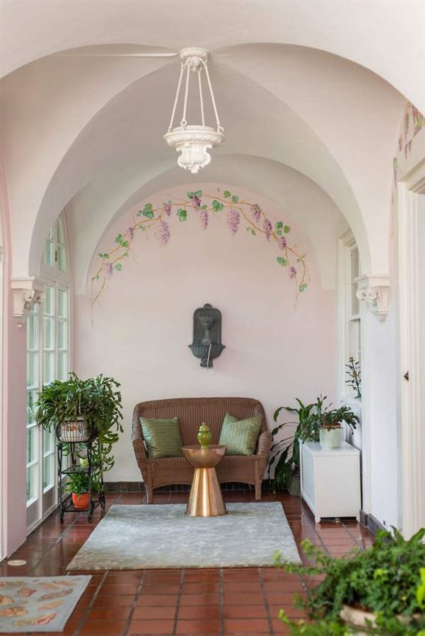 Magnificent Howard Van Doren Shaw Italian Renaissance luxury properties