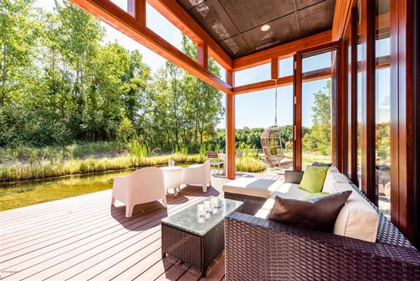 Luxury properties Modern luxury in the heart of Grand Mere