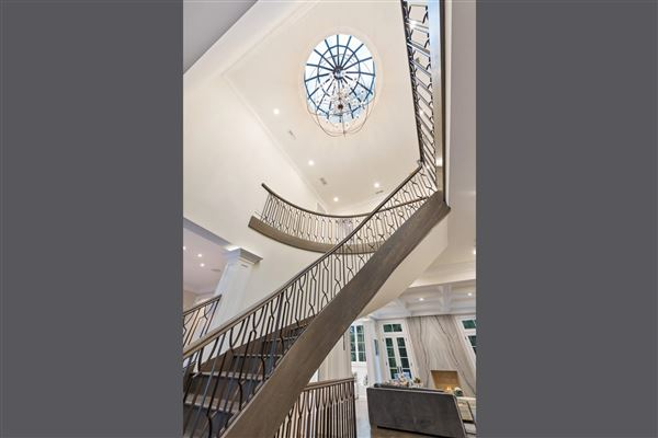Luxury homes Unsurpassed luxury new construction