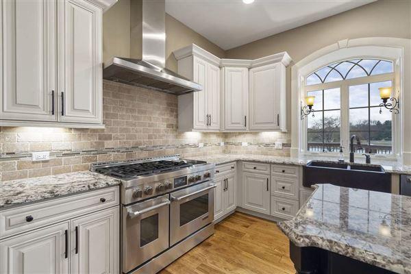 Luxury properties exquisite custom estate