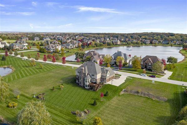 exquisite custom estate luxury properties