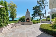 Mansions Executive rental on lake michigan