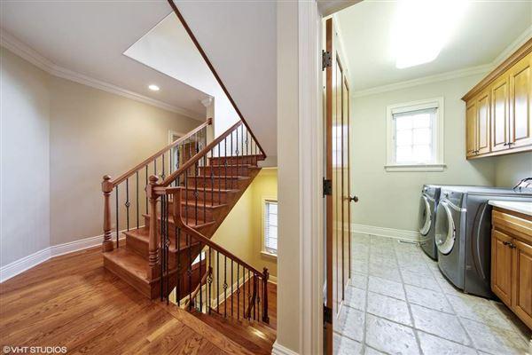 Luxury homes beautiful brick and stone six bedroom rental home