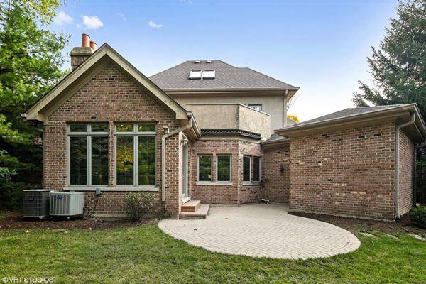 beautiful brick and stone six bedroom rental home luxury properties