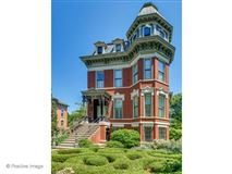 outstanding Victorian home in Illinois mansions